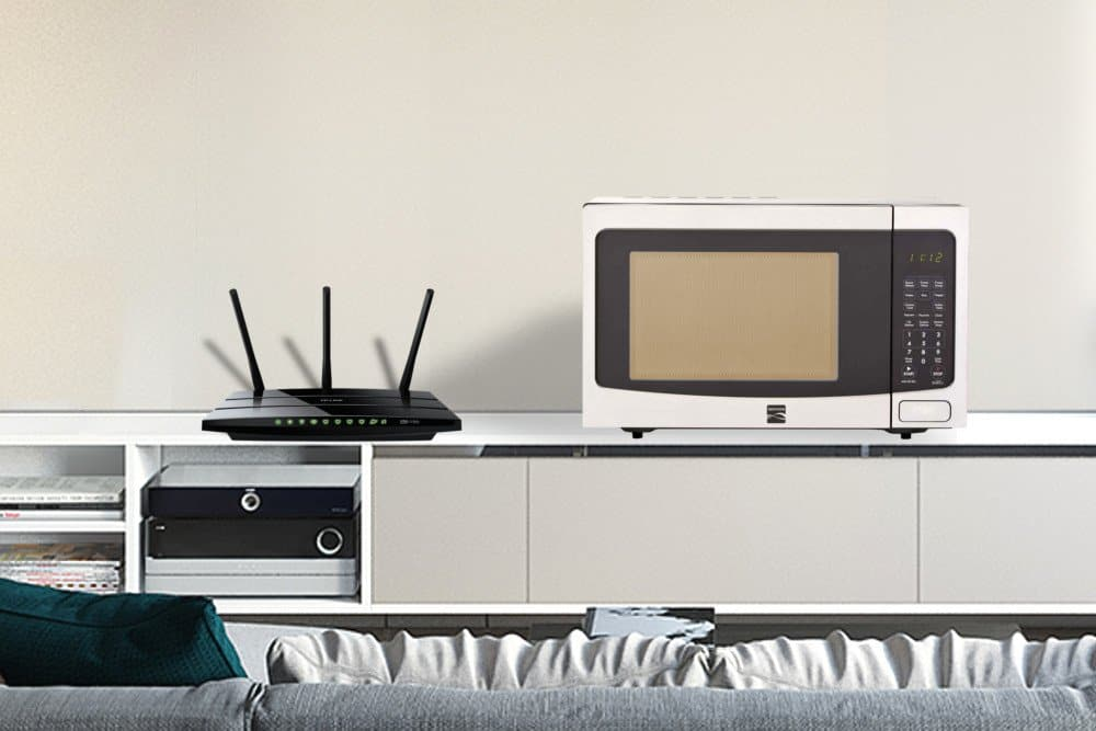 Does Wi-Fi use the same frequency as Microwave?