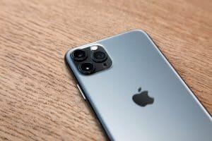 Is Apple iPhone 11 waterproof device